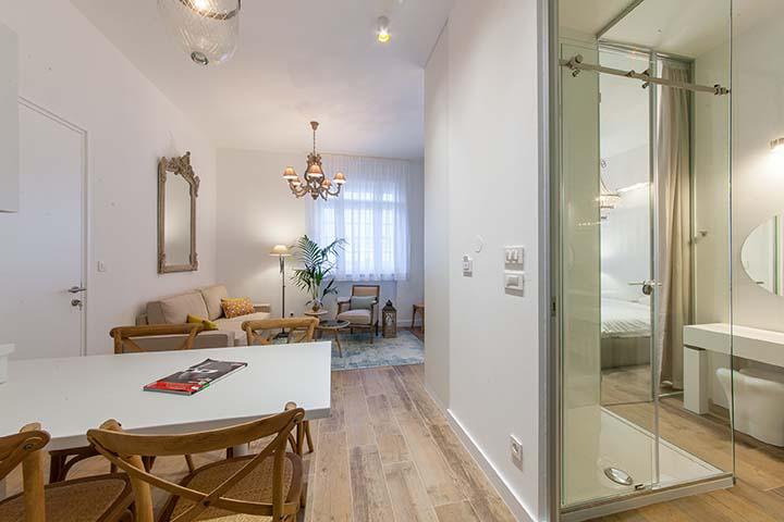 App2-AH-Livingroom